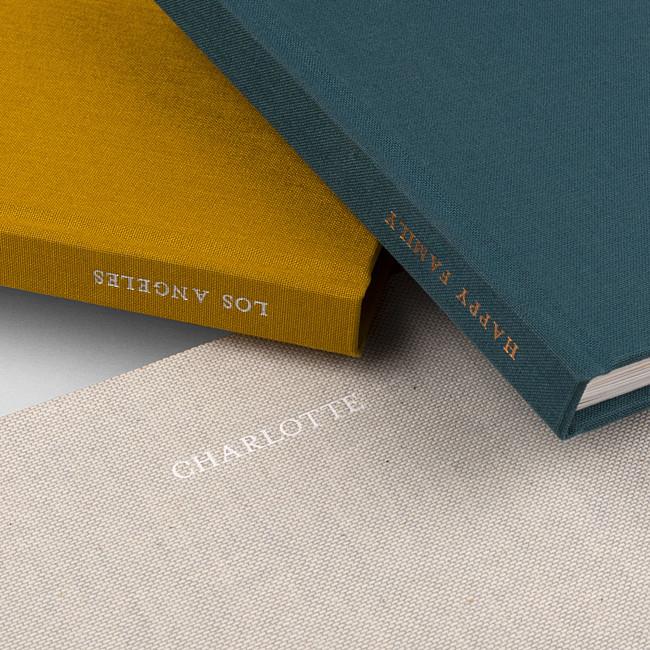 Hardcover Fotobuch mit Stoff und Prägung