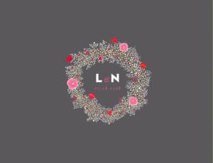 Hochzeitseinladung Blumenkrone (4-seitig) grau & rosa