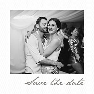 Save-the-date karten mit foto kleines polaroid weiß